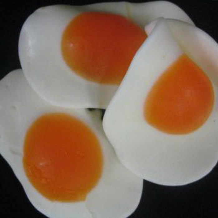 Gummi Fried Eggs
